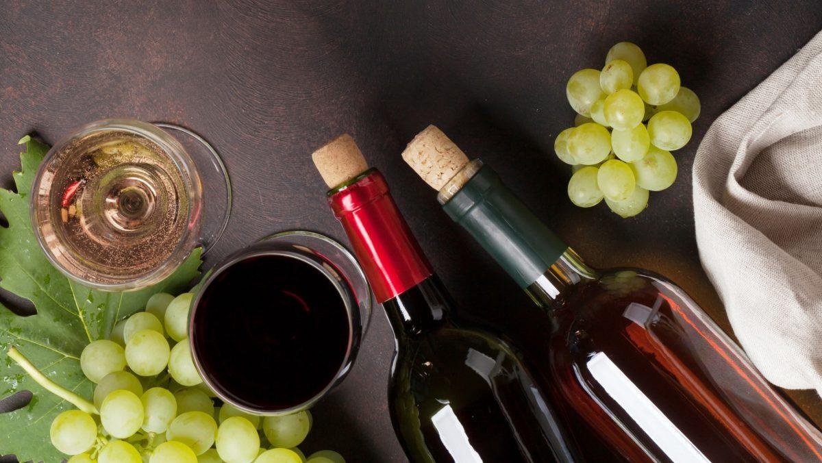 Wine Dinner by Gunter Preuss
